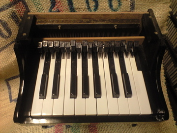 Toy_piano2